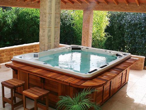 L emplacement id al pour installer un spa chez soi for Spas et jacuzzis exterieurs